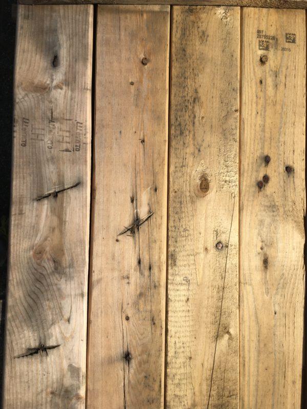 sloophouten balken 40x90 afgeslepen spijkers